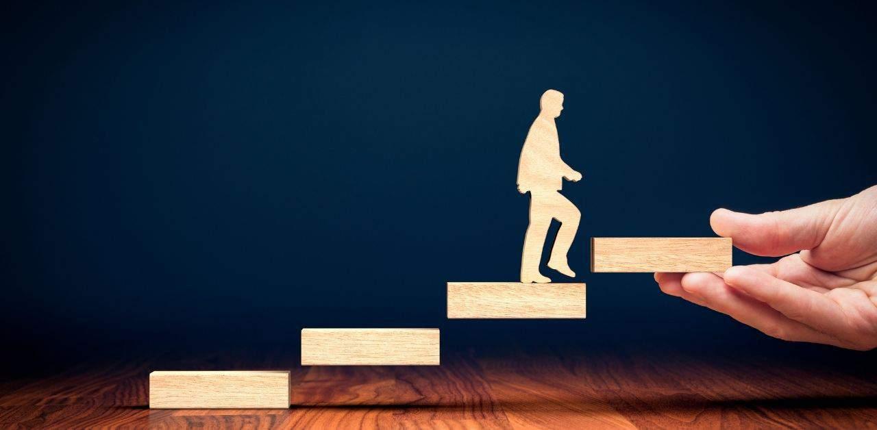 Pracownik rozwija się w coachingu zawodowym